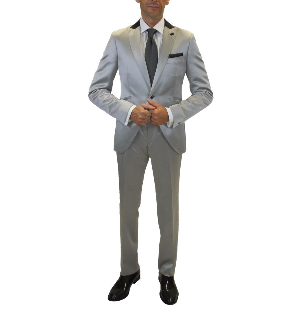 Conjunto de traje de novio en plata brillo