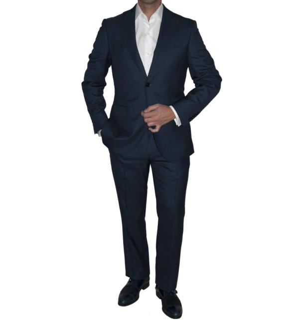 Traje de chaqueta y pantalón azul marino