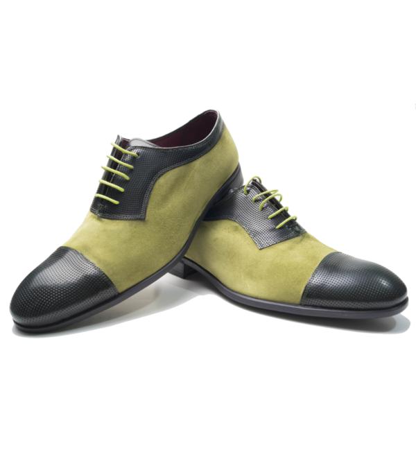 Zapato verde.